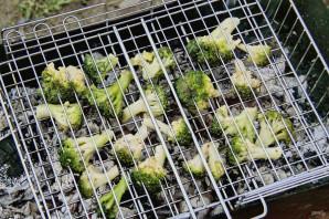 Брокколи на мангале - фото шаг 5