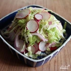 Капустный салат с редькой и шалфеем - фото шаг 7