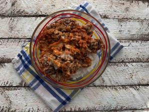 Рис с килькой в томатном соусе - фото шаг 6
