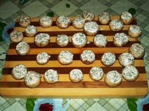Грибы, запеченные с сыром в духовке - фото шаг 3