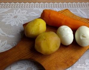"""""""Мимоза"""" с картошкой - фото шаг 1"""