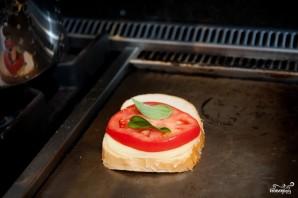 Горячий бутерброд на сковороде - фото шаг 3