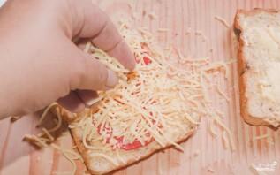 Бутерброд с сыром и колбасой в микроволновке - фото шаг 3