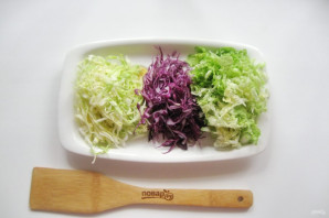 "Салат ""Три капусты"" - фото шаг 2"