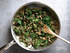 Бутерброды в духовке с грибами и шпинатом - фото шаг 2