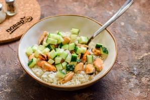 Салат с мидиями и рисом - фото шаг 6