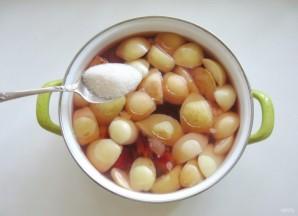 Компот из яблок, груш и алычи - фото шаг 6