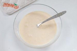 Куриная печень в сметанно-чесночном кляре - фото шаг 3