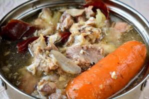 Холодец из свиных ножек с говядиной и курицей - фото шаг 3