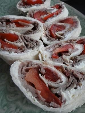 Говядина, запеченная в духовке с сыром и помидорами - фото шаг 5