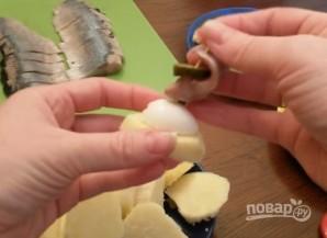 Канапе с сельдью и яйцами - фото шаг 6