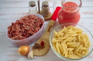 Ригатони с острым мясным соусом - фото шаг 1