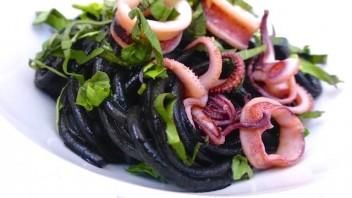 Спагетти с чернилами каракатицы - фото шаг 8