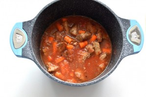 Мясо, тушенное в кастрюле - фото шаг 8