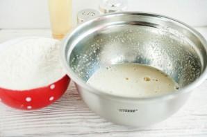 Хворост на молоке - фото шаг 2