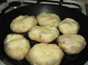 Постные пирожки на сковороде - фото шаг 6