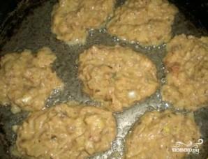 Котлеты из консервированной сайры - фото шаг 5