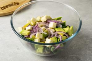 Салат из авокадо с грушей и сыром - фото шаг 5