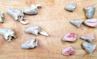 Жареные куриные сердечки со сметаной - фото шаг 2