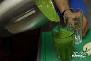 Зеленый смузи - фото шаг 8
