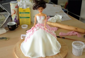 Торт на день рождения девочке 7 лет - фото шаг 5