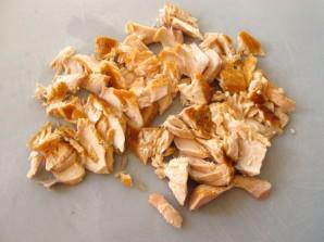 Котлеты из лосося с луком - фото шаг 1