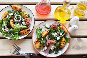 Салат с персиками - фото шаг 6