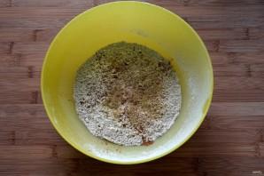 Сливовый пирог на пиве - фото шаг 3