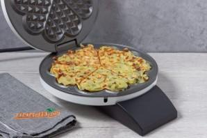 Картофельные драники в вафельнице - фото шаг 5