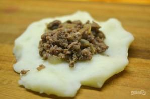 Картофельные зразы с начинкой из фарша - фото шаг 10