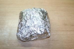 Мясо, запечённое гармошкой - фото шаг 11