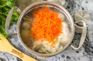 Диетический куриный суп с вермишелью - фото шаг 4