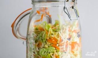 Капустный салат с клюквой - фото шаг 6