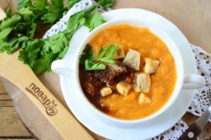 Тыквенный крем-суп с крутонами и голубым сыром - фото шаг 6