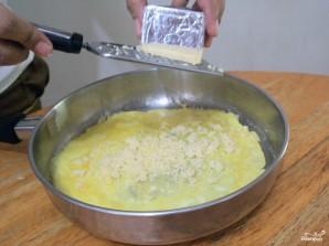 Омлет с сыром - фото шаг 4