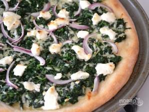 Пицца со шпинатом, луком и сыром - фото шаг 8