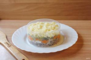 Салат с куриной печенью и маринованными огурцами - фото шаг 9
