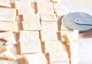 Домашние сырные крекеры - фото шаг 2