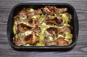 Куриные ножки с картошкой и грибами - фото шаг 6
