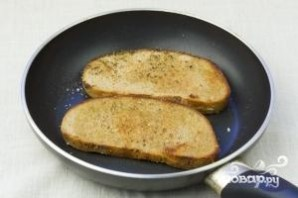 Яйца-пашот с тостами - фото шаг 2
