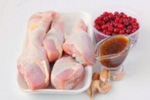 Курица в клюквенно-медовом соусе - фото шаг 1