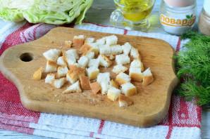 Салат с капустой, ветчиной и сухариками - фото шаг 2