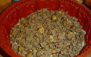 Наливной пирог с мясом - фото шаг 6