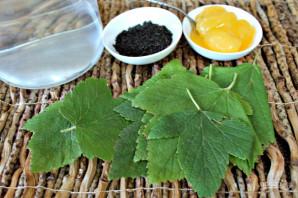 Чай с листьями смородины - фото шаг 1
