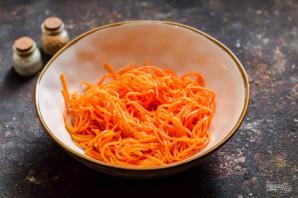 """Салат """"Муравейник"""" с корейской морковью - фото шаг 2"""