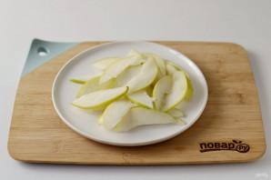 Салат с грушей и виноградом - фото шаг 3