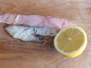 Рыбная нарезка - фото шаг 2