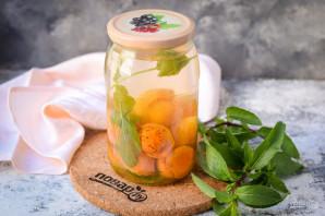 Компот из абрикосов с мятой на зиму - фото шаг 8