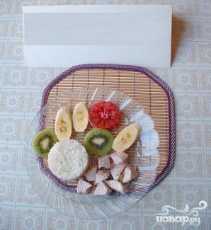 Легкий салат из риса, курицы и фруктов - фото шаг 5