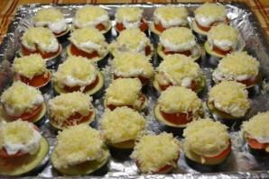 Баклажаны с грибами, запеченные в духовке - фото шаг 8